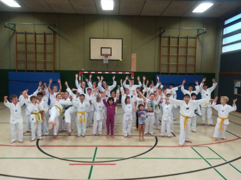 Taekwondo - Herbstferien-Programm: Anfängerkurs für Kids von 6-12 Jahren