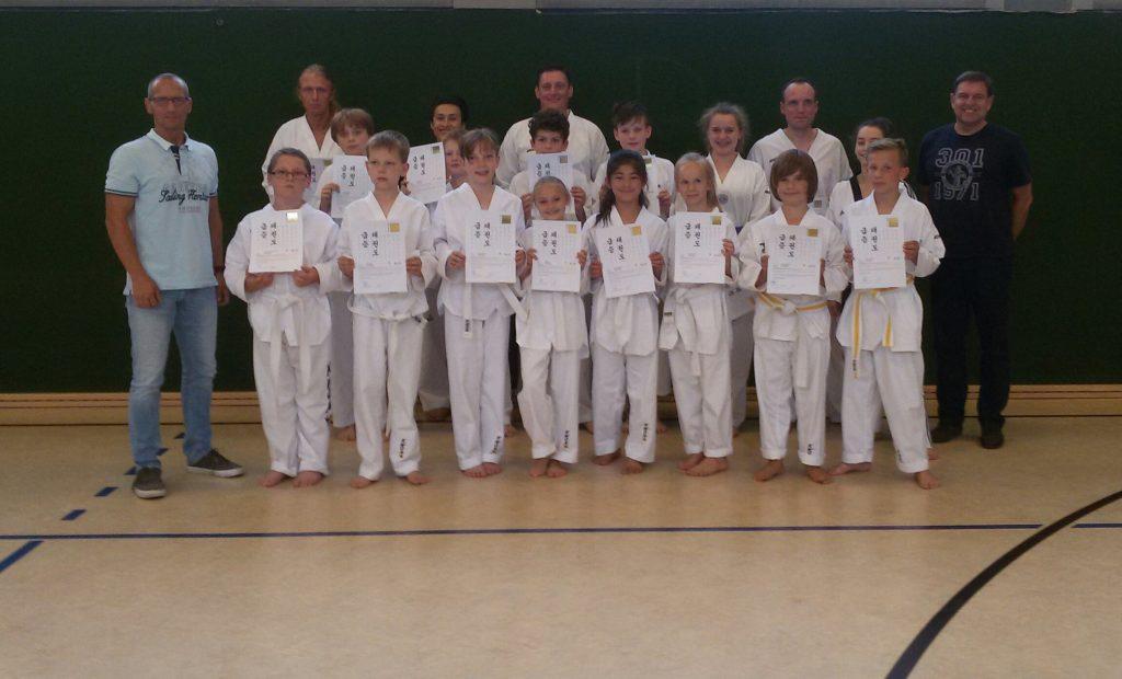 Taekwondo - 2. Kup-Prüfung