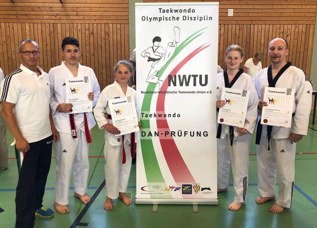 Taekwondo - Erfolgreiche DAN-Prüfung